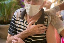 Foto de Vacinação contra Covid-19 chega aos asilos de Araruama