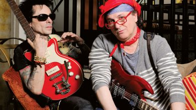 Foto de Sylvain Sylvain, guitarrista da icônica banda New York Dolls